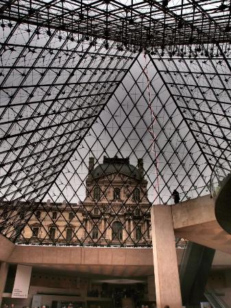I Louvre Paris: A 3 year old girls' journey into the Louvre