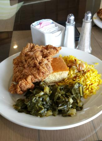 Fried chicken greens corn bread and rice picture of sylvias sylvias queen of soul food fried chicken greens corn bread and rice forumfinder Image collections