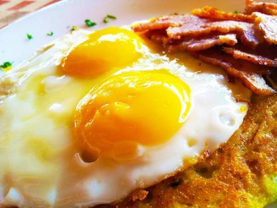 Anjuna, India: Breakfast at Portico