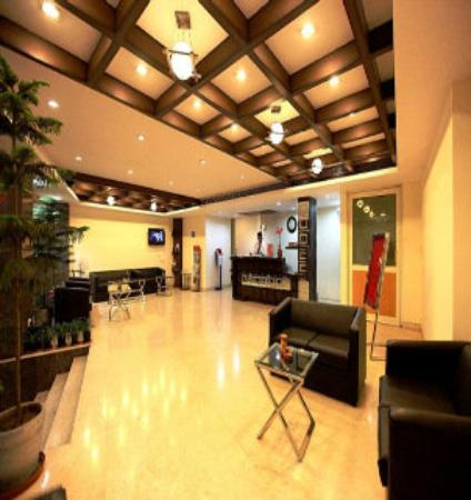Venus Residency: lobby