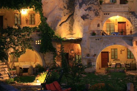 Elkep Evi Cave Hotel: exterior