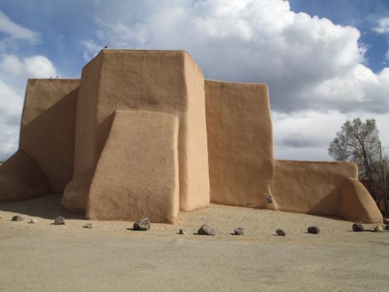 Ranchos De Taos, NM: rear of the church