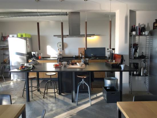 Maison Du0027Hôtes Metafort : Cuisine Ouverte Et à Dispo Des Hôtes à La Maison