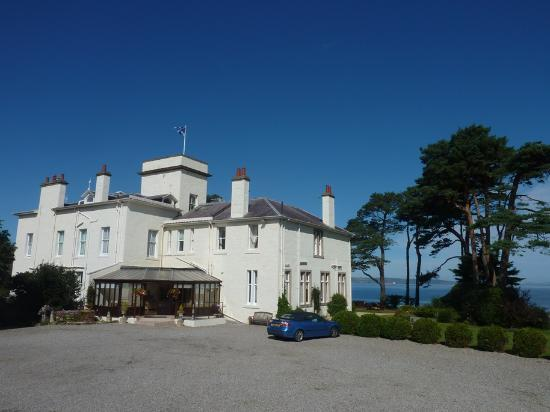 Photo of Invernairne Hotel