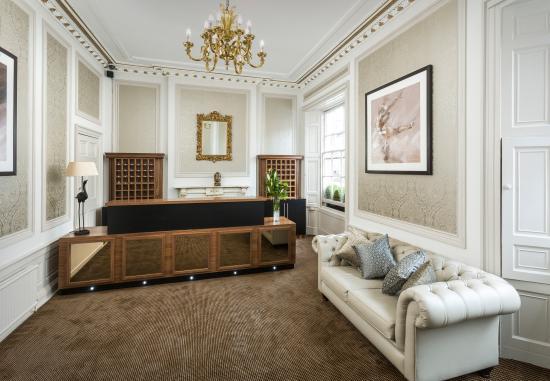 Ballantrae Albany Hotel: Reception