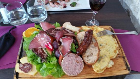 La Riviere des Vins: 20160420_125803_large.jpg