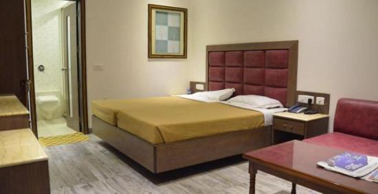 Hotel Melrose Inn