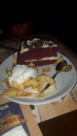 Silea, Italia: torta red velvet