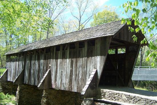 Seagrove, Carolina del Norte: Pisgah Covered Bridge