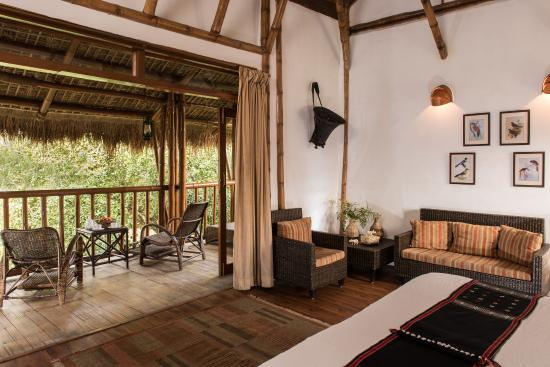 Diphlu River Lodge: An inside view of the cottages