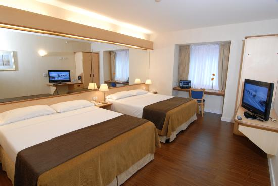 Photo of Hotel Aeroparque Inn & Suites Buenos Aires