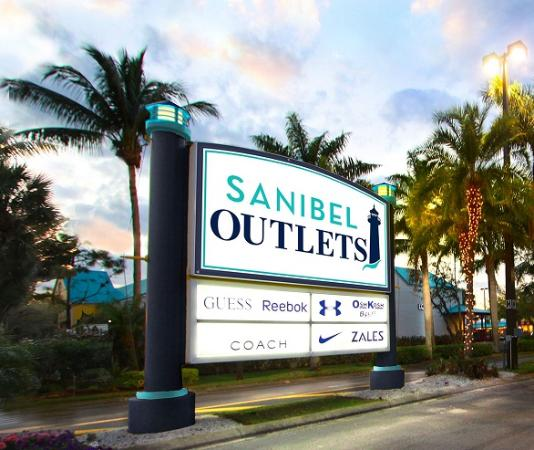 ‪Sanibel Outlets‬