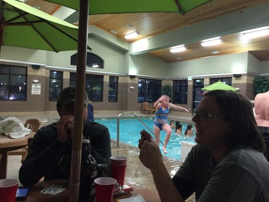 Days Inn Cheyenne: Family time in the pool/hot tub area!