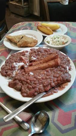 Natchitoches, LA: Lasyone's Meat Pie Kitchen