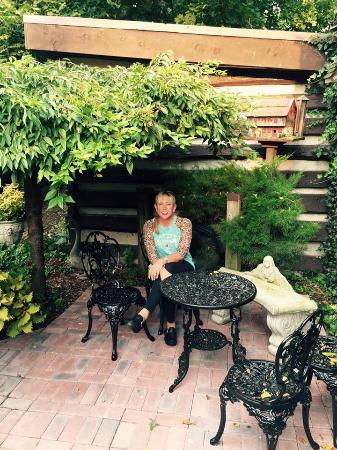Farnsworth House Inn: Gorgeous little areas to sit all around the Inn