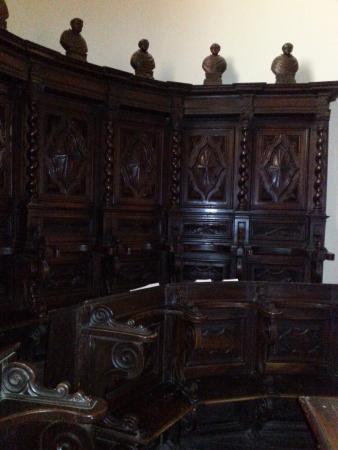 Fossano, Italien: Coro di legno
