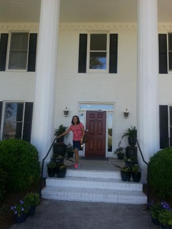 Stone Mountain Manor