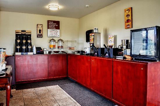 Woodland, WA: Breakfast Area