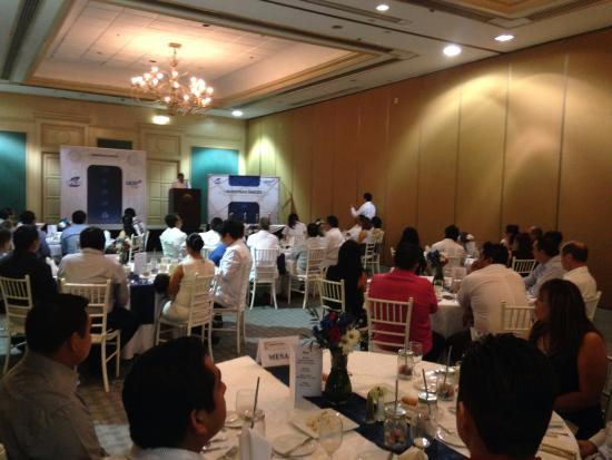 فييستا أمريكانا - ميريدا: Evento para 54 personas