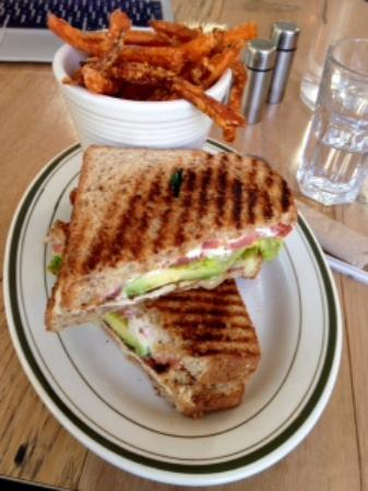 Falls Village, CT: Grilled Chicken Avo Sandwich and Sweet Potato Fries