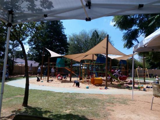 Бенони, Южная Африка: fun kids area