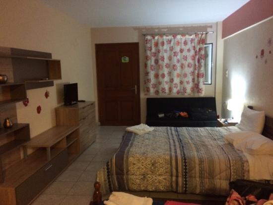 Vasilis Hotel: photo1.jpg