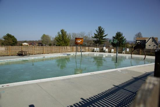 Front Royal, Βιρτζίνια: Outdoor Pool