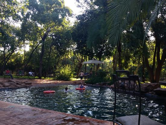 Lokuthula Lodges: The Boma pool area