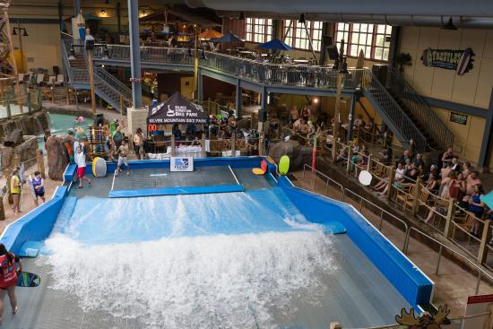 Silver Mountain Water Park >> Water Park Flowrider Surf Simulator Attraction Picture Of Silver