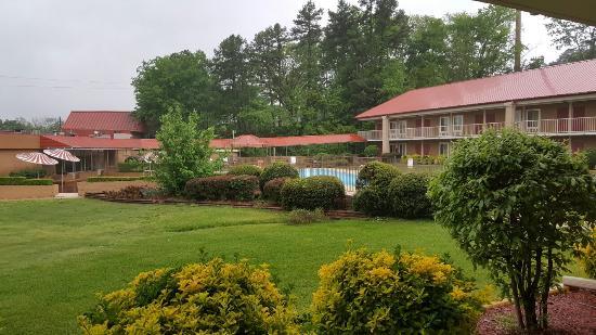 Red Roof Inn Hot Springs : 20160420_094359_large.jpg