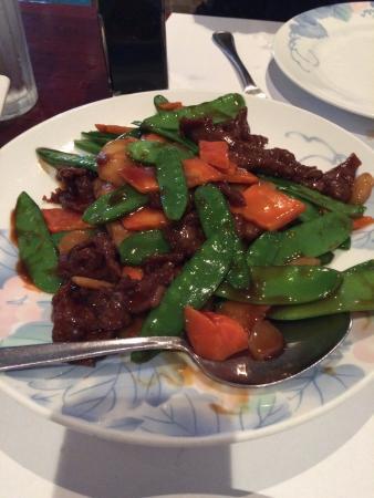 นอร์ทบรันสวิก, นิวเจอร์ซีย์: Not on the menu - Beef with snow peas.