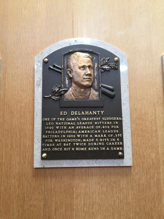 Cooperstown, estado de Nueva York: Big Ed Delahanty - Baseball Hall of Fame (1945)