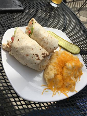 Whitewater, WI: California Chix WRAP
