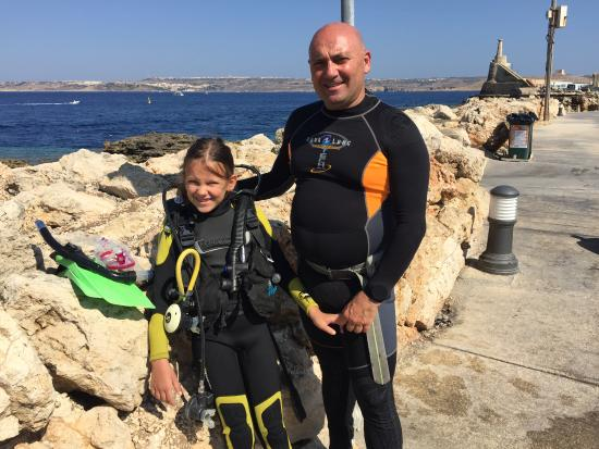 St. Paul's Bay, Malta: kids diving nothing better at this age