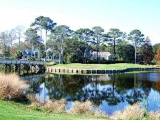 Arthur Hills Golf Course: Number 8 hole Arthur Hills