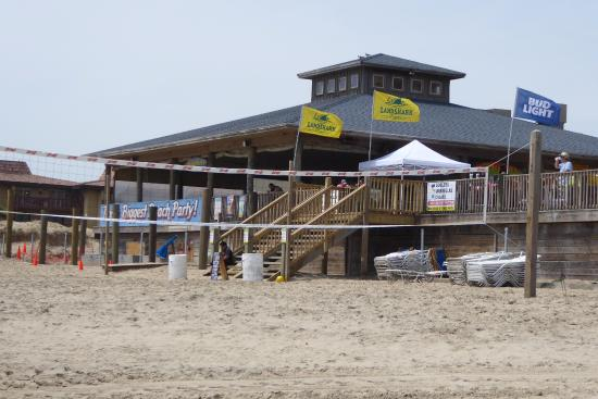 Clayton S Beach Bar And Grill Side View