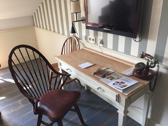 desk and tv bureau et t l picture of hotel bell rock europa rh tripadvisor com