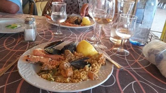 Restaurante Es Mollet De S'illot: Paella mixta