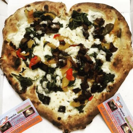 Ristorante pizzeria e simpatia in napoli con cucina pizza - Cucina in simpatia ...