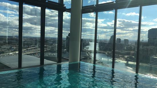 Crown Metropol Melbourne: Spectacular