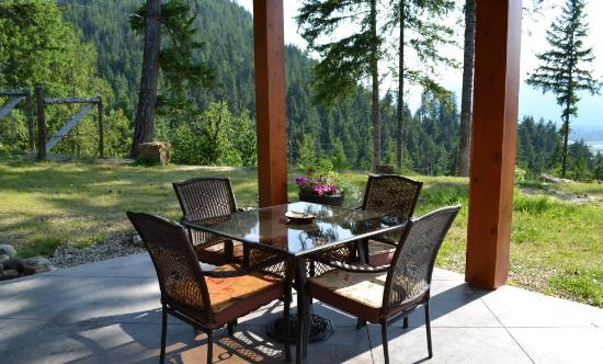 Owlhead Creek Bed &Breakfast: One of the Outdoor Areas