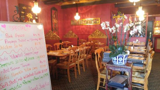 Jasmine Thai Restaurant: 20160419_155926_large.jpg