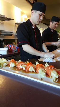 Sake hana asian cuisine and sushi bar picture of sake for Asia sushi bar and asian cuisine mashpee