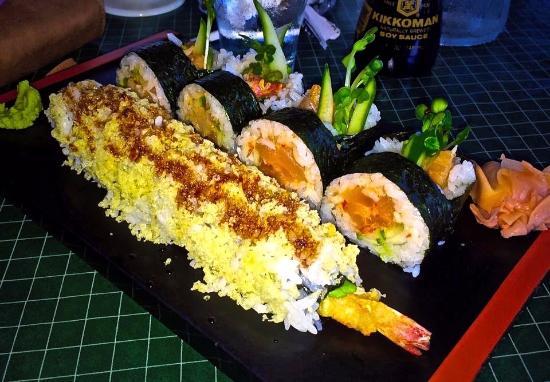 Tempura House: Sushi at Tempura House!