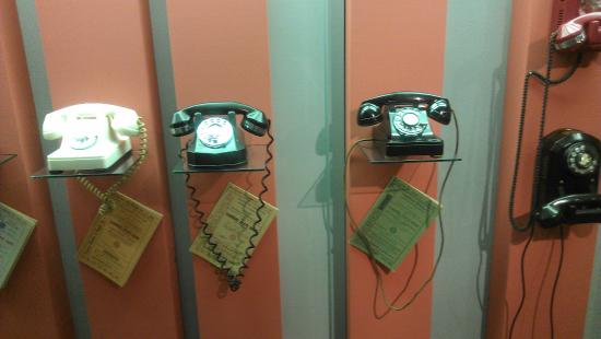 Abilene, KS: Various telephone models