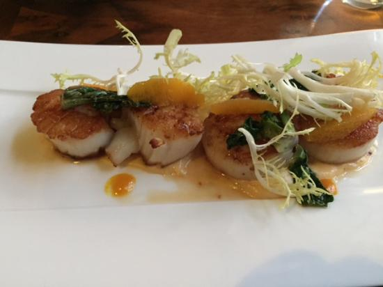 Lucy Restaurant and Bar: Diver's Scallops