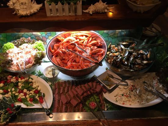 smorgasbord entree picture of cuckoo restaurant olinda tripadvisor rh tripadvisor com