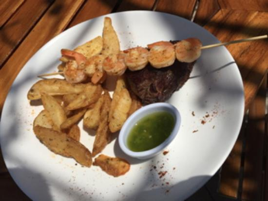Hotel La Finisterra: SURF AND TURF