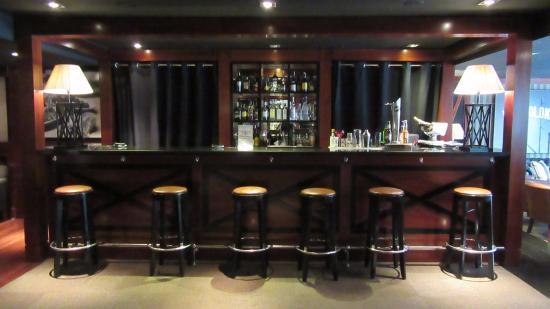 U232 Hotel: Their bar
