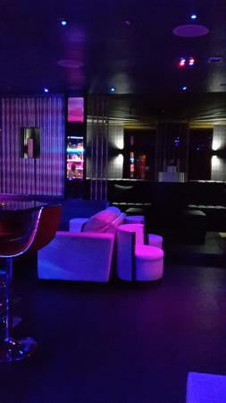 Pharaohs Bar and Lounge: Some people judge it average...but the reality is it is the best.